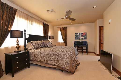 9389 E Via Del Sol Drive - Photo 48