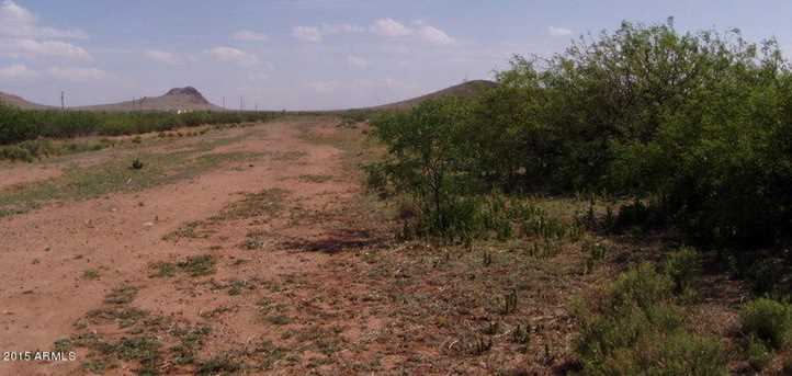 30Ac. E Doe Ranch Road - Photo 3