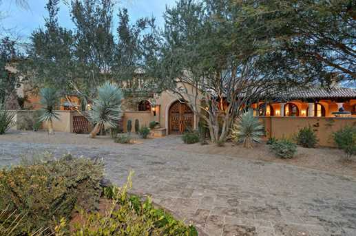 5515 N Saguaro Road - Photo 1