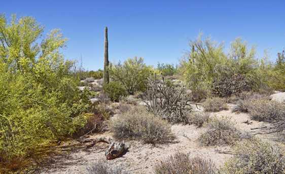 9812 E Running Deer Trail - Photo 17