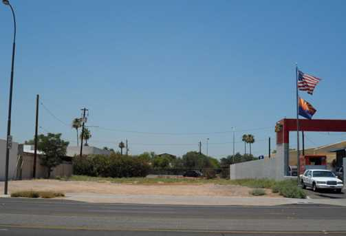 2420 N Scottsdale Road - Photo 1