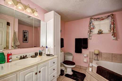 52546 W Flamingo Avenue - Photo 33
