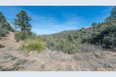 652 S Canyon Drive - Photo 1