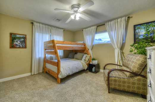 4011 N 40th Place - Photo 18