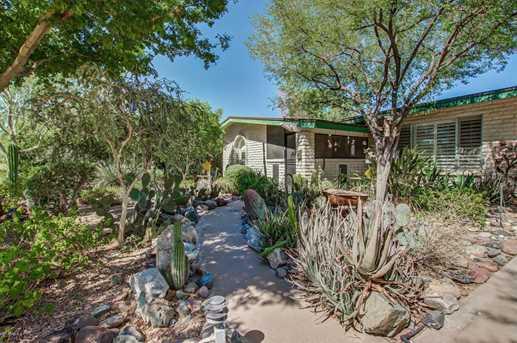 2218 E Cactus Wren Drive - Photo 4