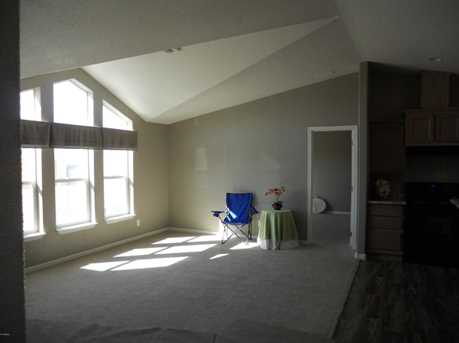 16238 N 32nd Place - Photo 7