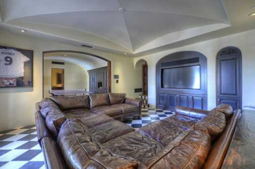 7620 N Foothill Drive - Photo 45