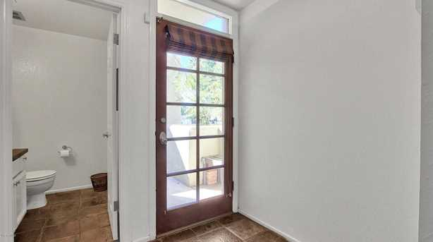 6226 N 30th Place - Photo 10
