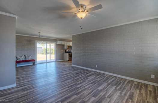 14832 N 35th Place - Photo 5