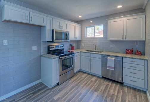 14832 N 35th Place - Photo 8