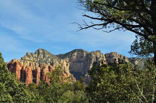 350 Canyon Drive - Photo 3