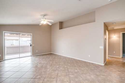 10427 W Reade Avenue - Photo 2