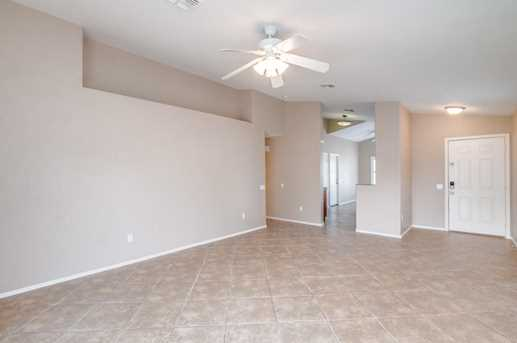 10427 W Reade Avenue - Photo 3