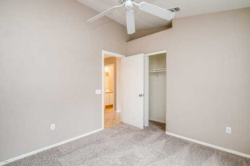 10427 W Reade Avenue - Photo 8
