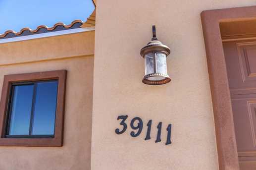 39111 N 32nd Drive - Photo 3
