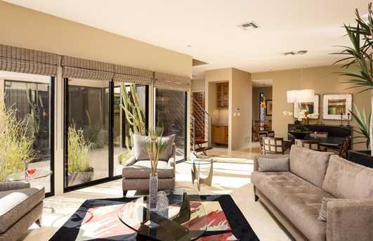 5646 N Scottsdale Road - Photo 7
