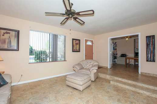 737 N Forest - Photo 12