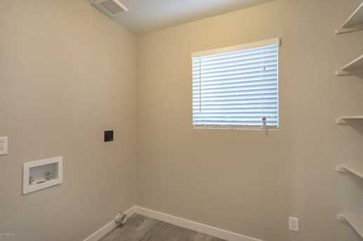 390 W San Angelo Street - Photo 2