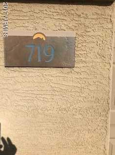 719 S 117th Drive - Photo 4