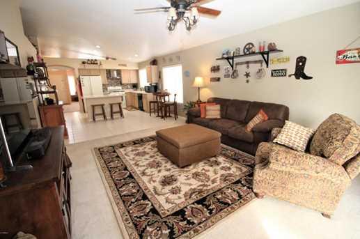 513 W Villa Maria Drive - Photo 11