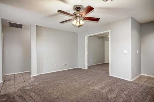 11105 W Devonshire Avenue - Photo 5