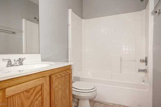 11105 W Devonshire Avenue - Photo 18