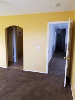 22851 W Cantilever Street - Photo 17
