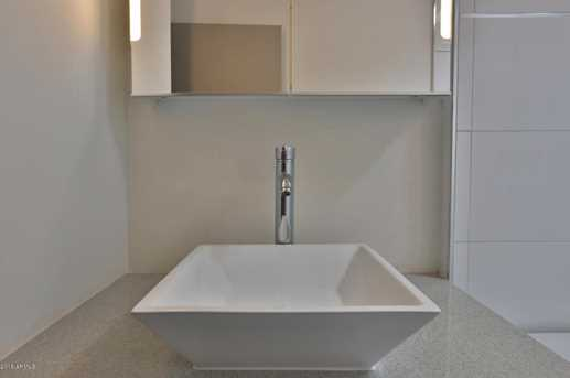 4401 N 40th St #8 - Photo 17