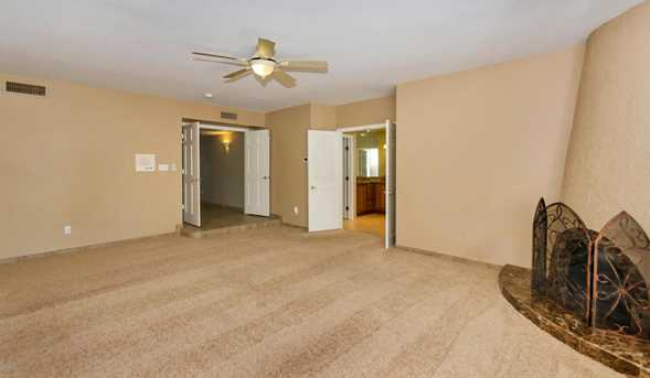 8818 N 47th Place - Photo 23