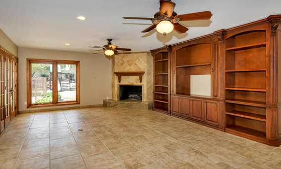 8818 N 47th Place - Photo 9