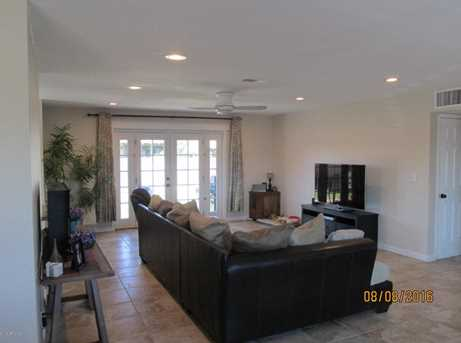 8732 E Valley View Road - Photo 9