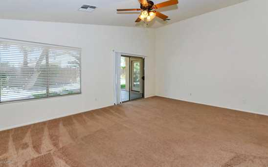 2250 W Roy Rogers Road - Photo 9