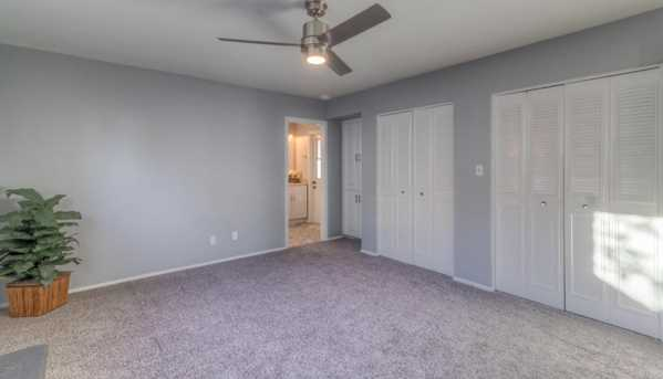 4245 W Mountain View Road - Photo 27