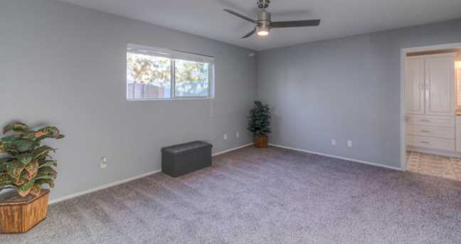 4245 W Mountain View Road - Photo 25