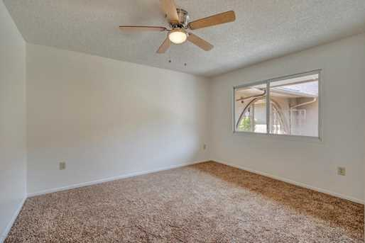 9550 W Country Club Drive - Photo 23
