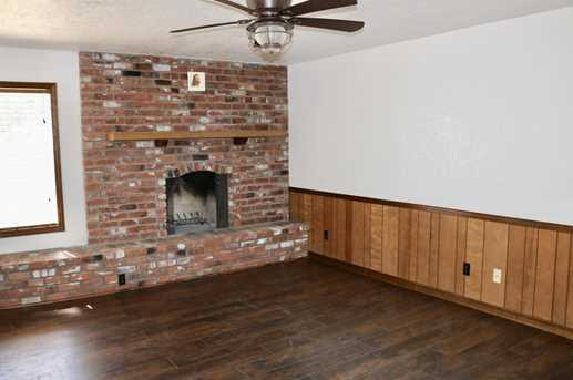 2050 N 90th Place - Photo 9