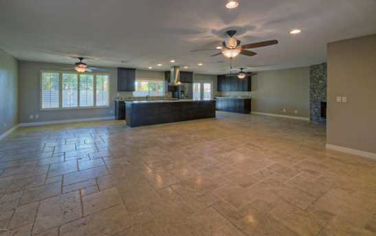 14033 N 57th Place - Photo 3