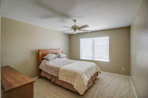 1472 E Waterview Place - Photo 37