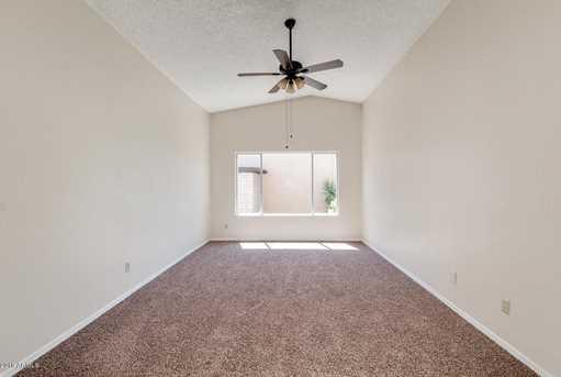 4065 W Desert Cove Avenue - Photo 9