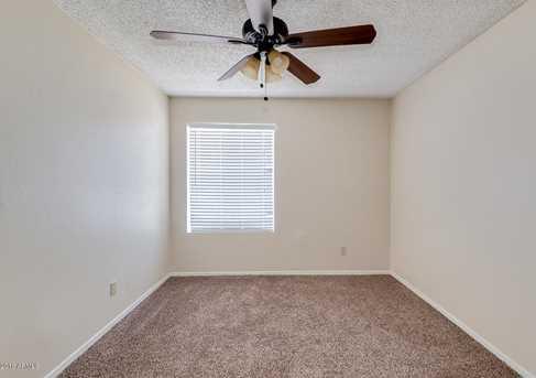 4065 W Desert Cove Avenue - Photo 17