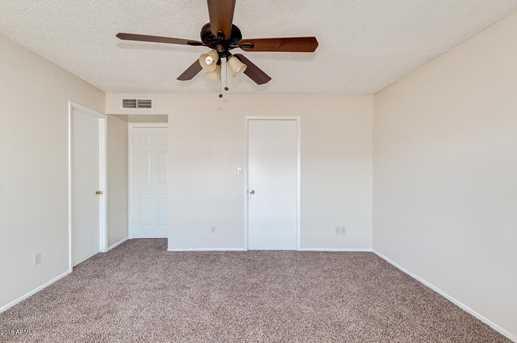 4065 W Desert Cove Avenue - Photo 11