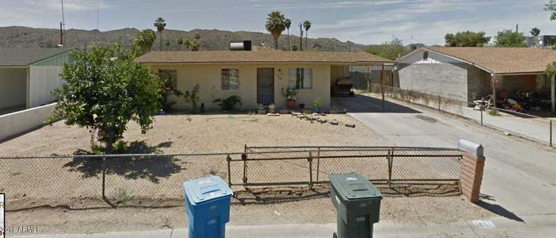 1051 E Desert Lane - Photo 1