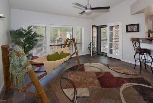 1039 E Desert Cove Avenue - Photo 3
