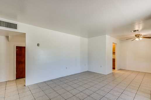 707 W 12th Place - Photo 5