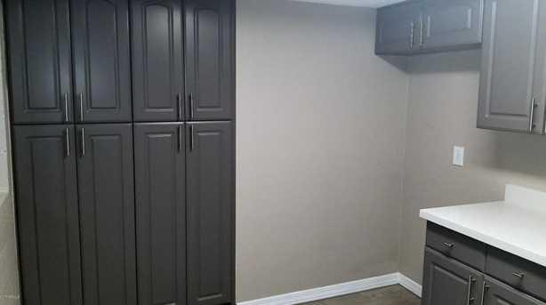 4201 E Camelback Rd #9 - Photo 5