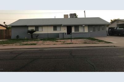 1035 E Millett Avenue - Photo 1