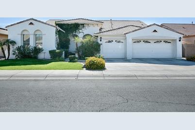 13325 W Montebello Avenue - Photo 1