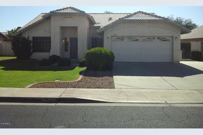 4307 E Encinas Avenue - Photo 1