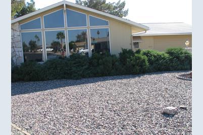 10923 W Edgewood Drive - Photo 1