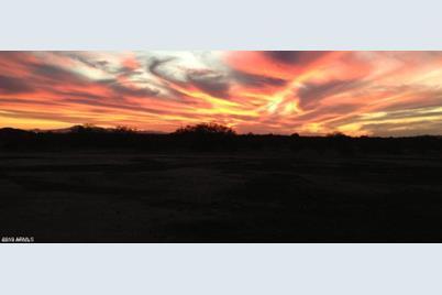 3710 N San Carlos Drive - Photo 1